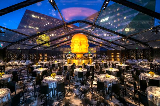 Trang trí sự kiện tiệc chiêu đãi sau sự kiện của HBO và WarnerMedia trong lễ trao giải Emmy 2019