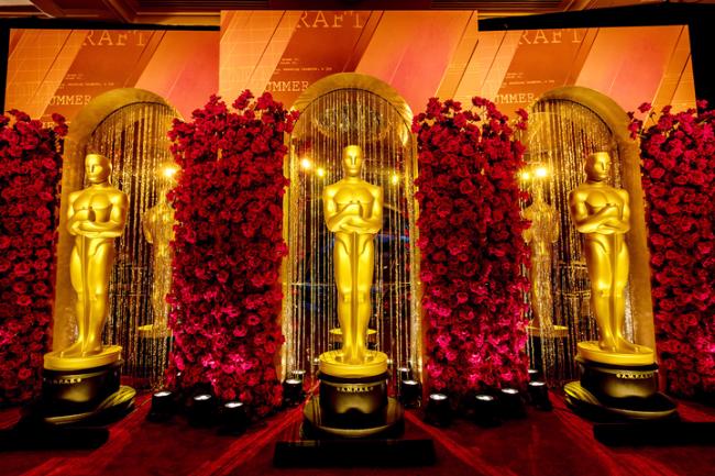 Trang trí không gian ấn tượng tại bữa tiệc tiền Oscar của Đài ABC. Ảnh: Dan Scott/American Image Gallery