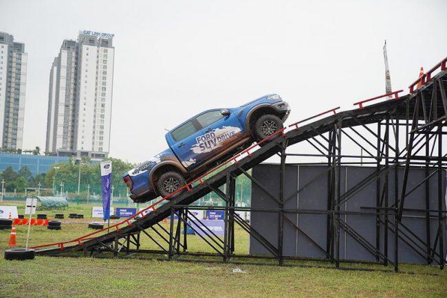 Sân vận động Phú Thọ thích hợp tổ chức sự kiện ngoài trời