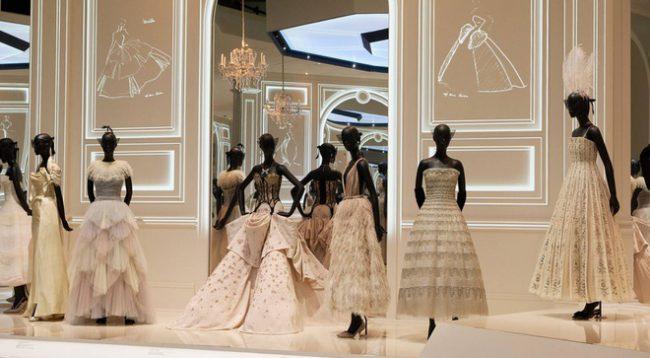 Tuần lễ thời trang London lần đầu được tổ chức theo cách đặc biệt. Ảnh 3.