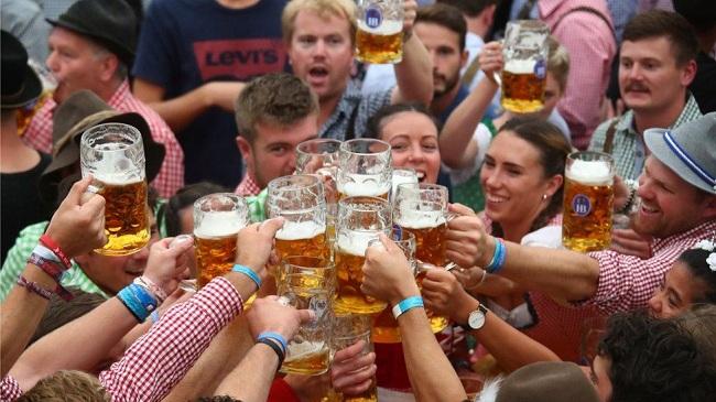 Lễ hội tháng Mười tại thành phố Munich, Đức. Ảnh: BBC