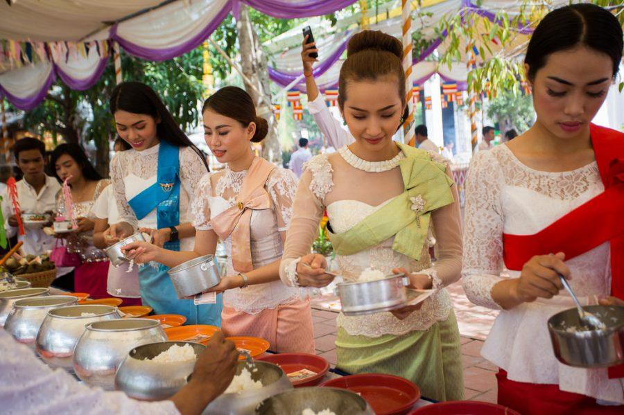 Những lễ hội kỳ lạ trong rằm tháng 7 ở các quốc gia châu Á. Ảnh 3.