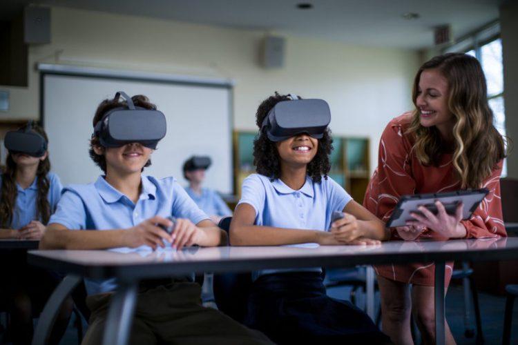Khai mạc triển lãm công nghệ Lenovo Tech World 2020. Ảnh 2.