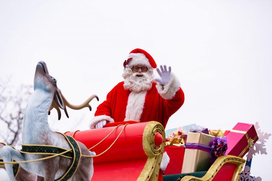 Ông già Noel trên khắp thế giới làm gì vào dịp lễ Giáng Sinh. Ảnh 2.