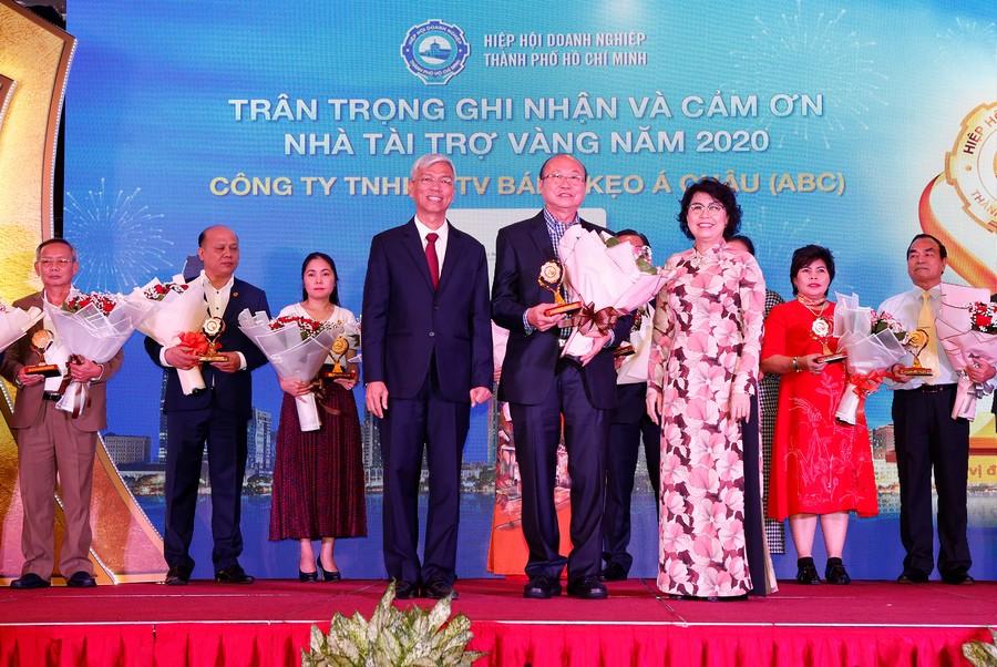 Hội nghị tổng kết năm 2020 và triển khai phương hướng, nhiệm vụ năm 2021 của Hiệp hội Doanh nghiệp TP.HCM. Ảnh 5